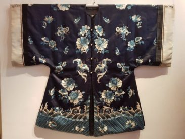 Chinese Black Silk Robe With Embroidery. Late Qing Dynasty (1644-1911)