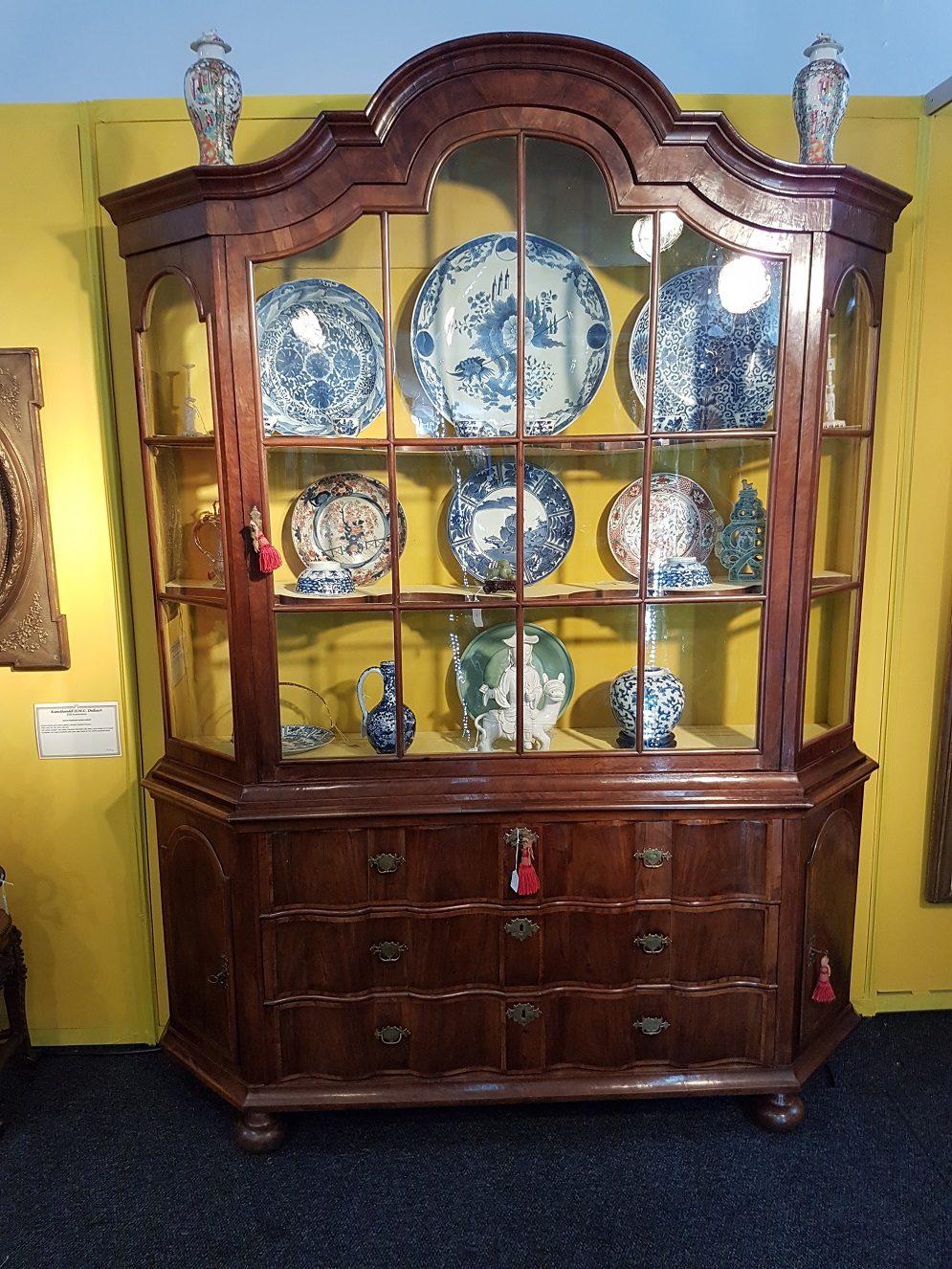 Dutch Display Cabinet - Dutch Colonial Furniture
