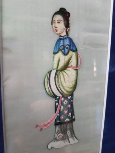 No 157A Chinese Pit Paper Painting – A Chinese Elegant Lady with Pink Scarf